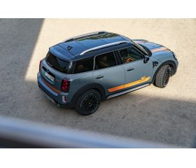Off Road-kit Mini, tyres, rims and body lift kit